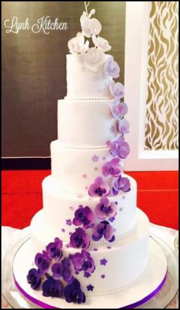 purple floral cake