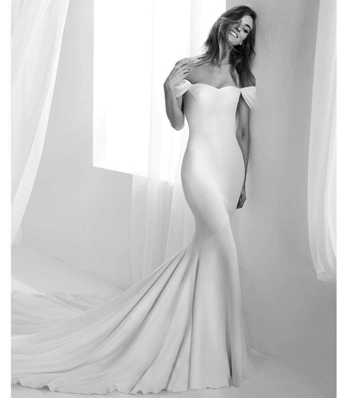 atelier-pronovias-raciela-gown