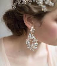 th-earrings