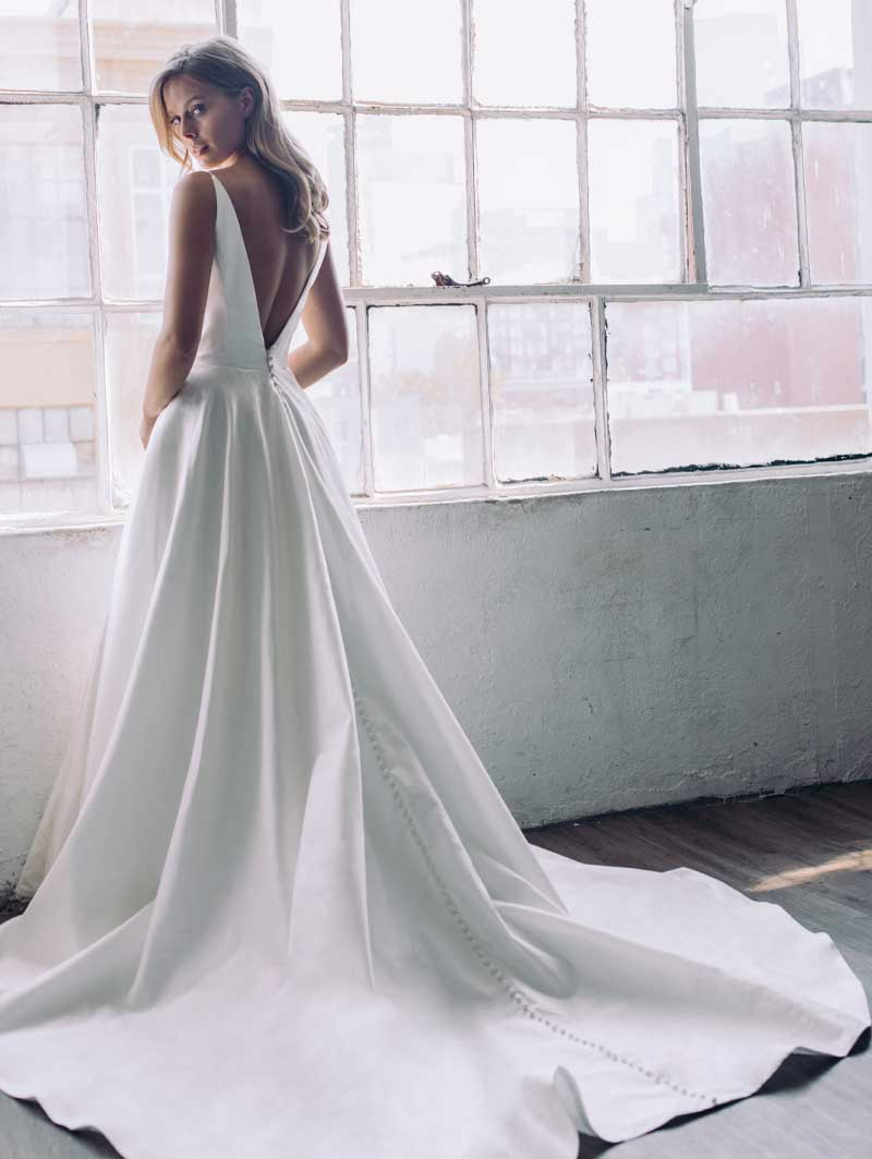 Antonio Gual Bridal - Kiki Back of Dress Gown