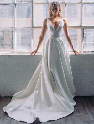 Antonio Gual Bridal - Kiki front of Dress Gown