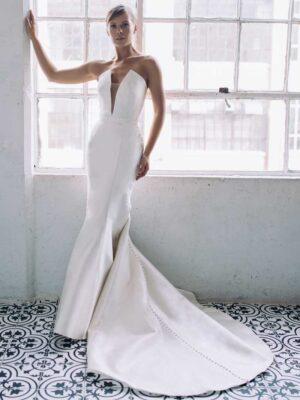 Antonio Gual Bridal - Preston front of Dress Gown