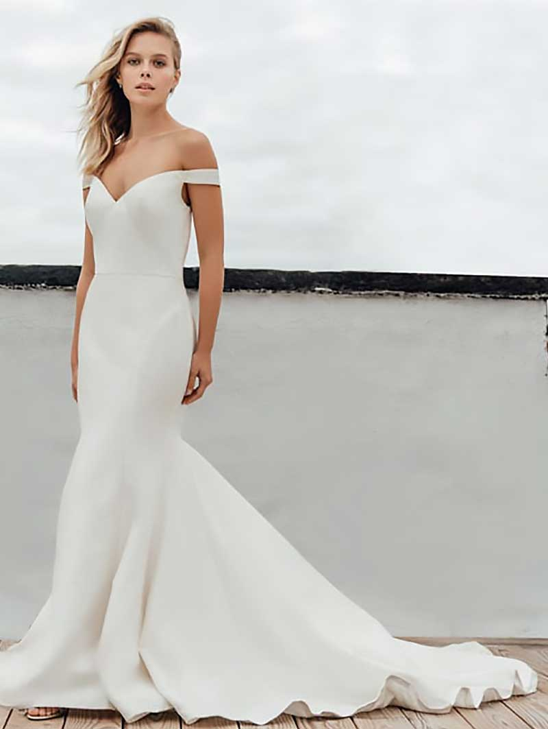 Antonio Gual Bridal - Tamara front of Dress Gown