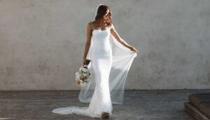 MWL-62-Lola-bridal-dress-slide-v4