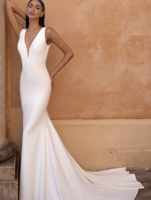 Pronovias-Eureka-Bridal-Gown
