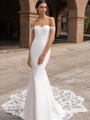Pronovias-Syrinx-Bridal-Gown