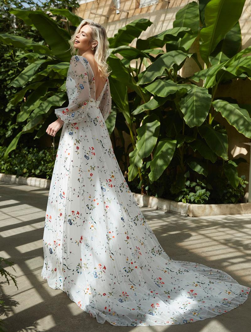 Sassi-Holford-Bridal-2021-Iris-gown-back